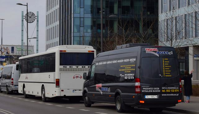 TRAVELBUSS Przewozy pasażerskie Wynajem busów - obrazek 1