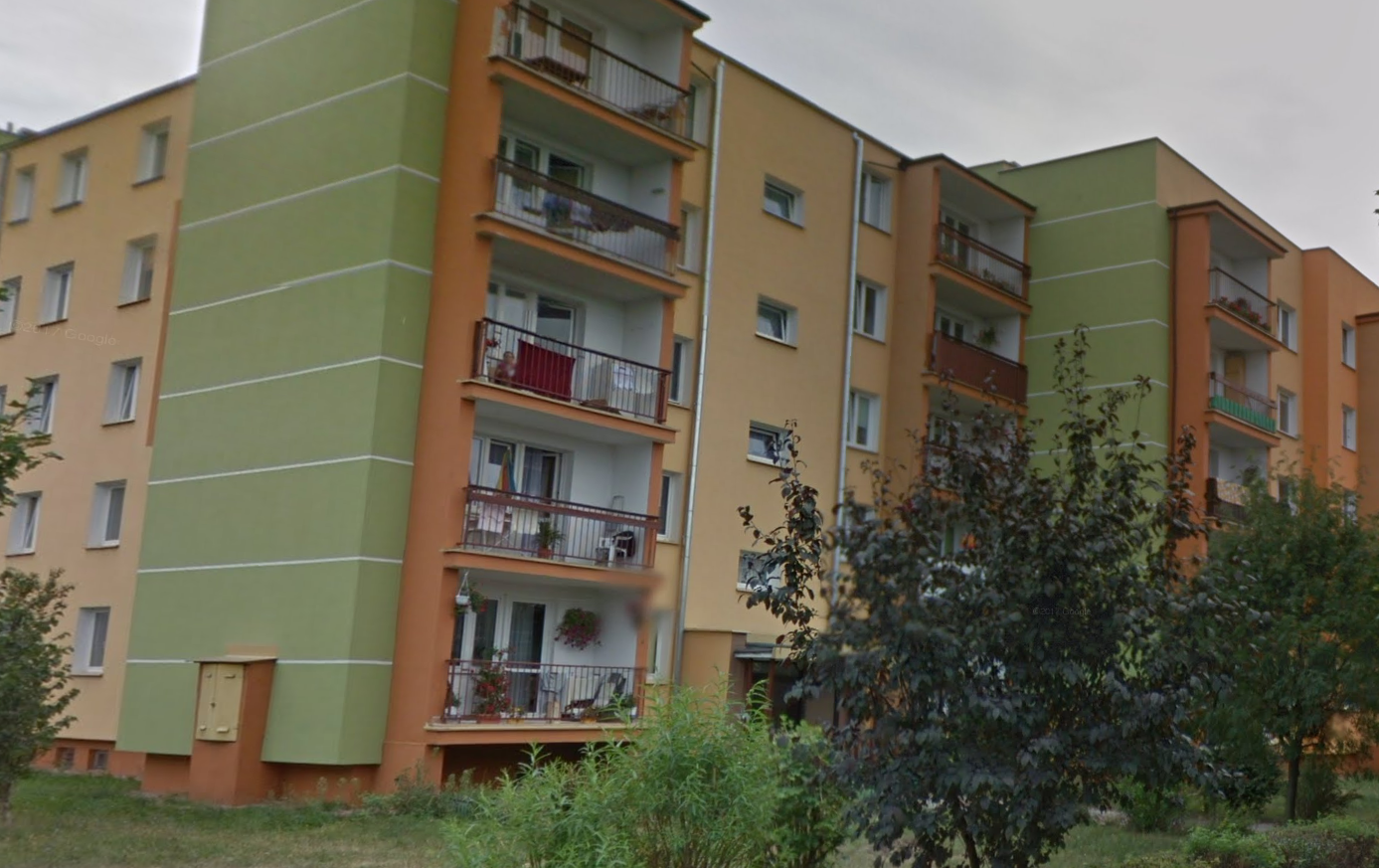 2POK 45m2 (salon, dziecięcy, część sypialna), Duży balkon, piwnica.